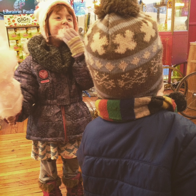 Mes enfants en pause shopping.